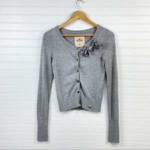 Hollister Women's Size M Gray Cropped Party Floral Long Sleeve Cardigan Sweater